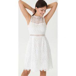 423cf65c5d2aeb House. Dla kobiet. 149.99 zł. Sukienka z ażurowym haftem - Biały. Białe  sukienki damskie ...