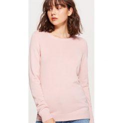 Gładki sweter - Kremowy. Białe swetry damskie Cropp. W wyprzedaży za 29.99 zł.