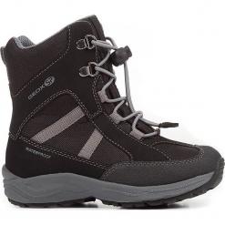 """Botki zimowe """"New Alaska"""" w kolorze czarnym. Czarne buty zimowe chłopięce Geox Kids, z gumy. W wyprzedaży za 185.95 zł."""