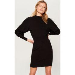 Sukienka z bufiastymi rękawami - Czarny. Czarne sukienki damskie Mohito. Za 139.99 zł.