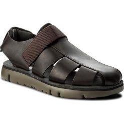 Sandały CAMPER - Oruga Sandal K100285-002 Brown. Brązowe sandały męskie Camper, z materiału. W wyprzedaży za 329.00 zł.