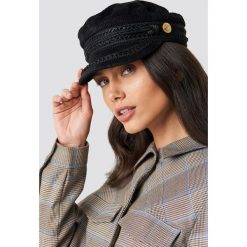 WOS Czapka Vega - Black. Czarne czapki i kapelusze damskie WOS, ze sztruksu. Za 202.95 zł.