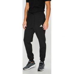 Adidas Performance - Spodnie. Czarne spodnie sportowe męskie adidas Performance, z bawełny. Za 229.90 zł.