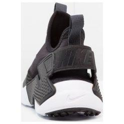 Nike Sportswear HUARACHE RUN DRIFT  Tenisówki i Trampki black/anthracite/white. Buty sportowe chłopięce Nike Sportswear, z materiału. W wyprzedaży za 377.10 zł.