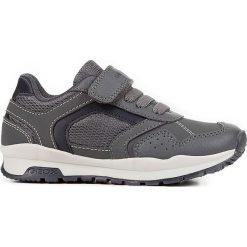 """Sneakersy """"Cordian"""" w kolorze szarym. Szare trampki i tenisówki chłopięce Geox Kids, z gumy. W wyprzedaży za 125.95 zł."""