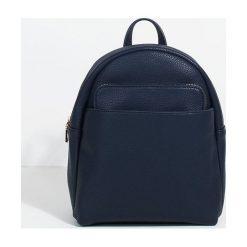 Parfois - Plecak Kangaroo. Czarne plecaki damskie Parfois, z materiału. W wyprzedaży za 59.90 zł.