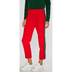 Trendyol - Spodnie. Szare spodnie materiałowe damskie Trendyol. W wyprzedaży za 79.90 zł.