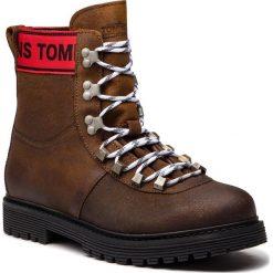 Trapery TOMMY JEANS - Outdoor EM0EM00170  Winter Cognac 906. Brązowe śniegowce i trapery męskie Tommy Jeans, z jeansu. Za 699.00 zł.