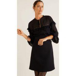 Mango - Sukienka Candy. Szare sukienki damskie Mango, z aplikacjami, z koronki, casualowe, z długim rękawem. Za 229.90 zł.