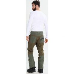 DC Shoes ASYLUM Spodnie narciarskie beetle. Spodnie snowboardowe męskie marki WED'ZE. W wyprzedaży za 755.10 zł.