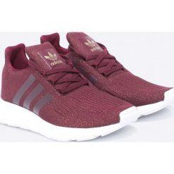 Adidas Originals - Buty Swift Run. Szare obuwie sportowe damskie adidas Originals, z materiału. W wyprzedaży za 269.90 zł.