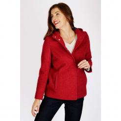 """Kurtka """"Cream"""" w kolorze czerwonym. Czerwone kurtki damskie Scottage, z wełny. W wyprzedaży za 204.95 zł."""