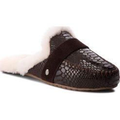 Kapcie EMU AUSTRALIA - Mooka W11871 Chocolate Croc. Kapcie damskie marki Tommy Hilfiger. W wyprzedaży za 279.00 zł.