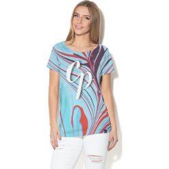Colour Pleasure Koszulka damska CP-034  284 niebiesko-czerwono-różowa r. XXXL-XXXXL. Bluzki damskie Colour Pleasure. Za 70.35 zł.