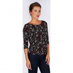 """Koszulka """"Artifices"""" w kolorze czarnym ze wzorem. Czarne t-shirty damskie Scottage, z dekoltem w łódkę. W wyprzedaży za 68.95 zł."""