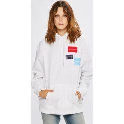 Calvin Klein Jeans - Bluza. Szare bluzy damskie Calvin Klein Jeans, z nadrukiem, z bawełny. W wyprzedaży za 399.90 zł.