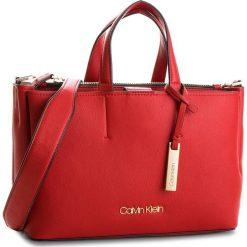 Torebka CALVIN KLEIN - Step Up Medium Tote K60K604291  627. Czerwone torebki do ręki damskie Calvin Klein, ze skóry ekologicznej. Za 699.00 zł.