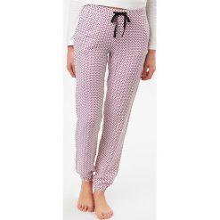 Etam - Spodnie piżamowe Felicia. Szare piżamy damskie Etam, z tkaniny. W wyprzedaży za 59.90 zł.