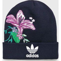 Adidas Originals - Czapka. Czarne czapki i kapelusze damskie adidas Originals, z dzianiny. Za 119.90 zł.