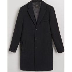 Płaszcz z wełną - Granatowy. Niebieskie płaszcze męskie Reserved, z wełny. Za 499.99 zł.