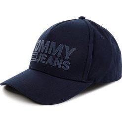 Czapka z daszkiem TOMMY JEANS - Tju Flock Cap AU0AU00364 496. Niebieskie czapki i kapelusze męskie Tommy Jeans. Za 179.00 zł.