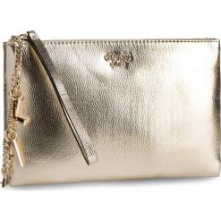 Torebka GUESS - HWVG71 85690 GOL. Żółte torebki do ręki damskie Guess, z aplikacjami, ze skóry ekologicznej. Za 369.00 zł.