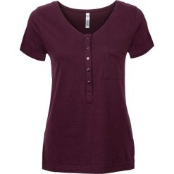 T-shirt z plisą guzikową bonprix bordowy. T-shirty damskie marki DOMYOS. Za 32.99 zł.