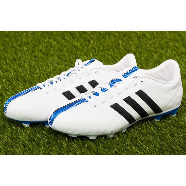 Authentic Adidas 11NOVA Football Shoes, Sports, Sports