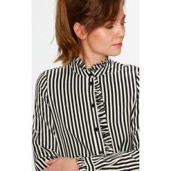 Vero Moda - Koszula Lizette. Różowe koszule damskie Vero Moda, z długim rękawem. W wyprzedaży za 79.90 zł.