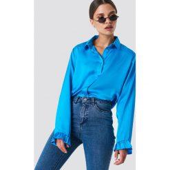 NA-KD Satynowa koszula - Blue. Niebieskie koszule damskie NA-KD Trend, z poliesteru, z falbankami. Za 121.95 zł.