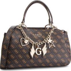 Torebka GUESS - HWSG71 79050 BROWN. Brązowe torebki do ręki damskie Guess, z aplikacjami, ze skóry ekologicznej. Za 649.00 zł.