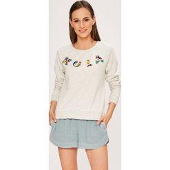 Only - Bluza Millie. Szare bluzy damskie Only, z aplikacjami, z bawełny. W wyprzedaży za 89.90 zł.