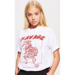 Koszulka z nadrukiem - Biały. T-shirty damskie marki DOMYOS. W wyprzedaży za 19.99 zł.