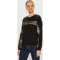 Trendyol - Sweter. Czarne swetry damskie Trendyol, z bawełny, z okrągłym kołnierzem. Za 79.90 zł.