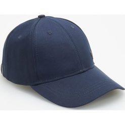 Czapka z daszkiem - Granatowy. Niebieskie czapki i kapelusze męskie Reserved. Za 39.99 zł.