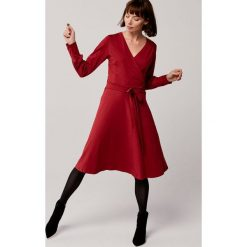 Fioletowe sukienki damskie Kolekcja wiosna 2020 Chillizet.pl