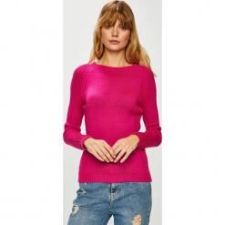 Trendyol - Sweter. Czerwone swetry damskie Trendyol, z dzianiny, z okrągłym kołnierzem. Za 59.90 zł.