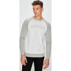 Tommy Hilfiger - Bluza. Szare bluzy męskie Tommy Hilfiger, z bawełny. W wyprzedaży za 259.90 zł.