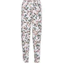Spodnie z założeniem kopertowym bonprix kremowy z nadrukiem. Spodnie materiałowe damskie marki DOMYOS. Za 49.99 zł.