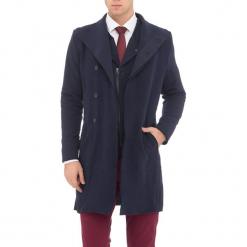 Płaszcz w kolorze granatowym. Niebieskie płaszcze męskie RNT23, na zimę. W wyprzedaży za 139.95 zł.
