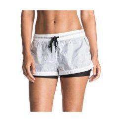 Roxy Spodenki Weellow Short J Marshmellow S. Różowe szorty damskie Roxy, sportowe. W wyprzedaży za 139.00 zł.