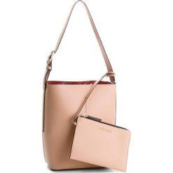 Torebka CALVIN KLEIN - Inside Out Bucket K60K604300  901. Brązowe torebki do ręki damskie Calvin Klein, ze skóry ekologicznej. W wyprzedaży za 439.00 zł.