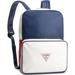 Plecak GUESS - HM6588 POL91 BLM. Białe plecaki damskie Guess, z aplikacjami, ze skóry ekologicznej, sportowe. Za 469.00 zł.