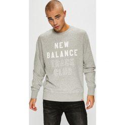 New Balance - Bluza. Szare bluzy męskie New Balance, z nadrukiem, z bawełny. W wyprzedaży za 219.90 zł.