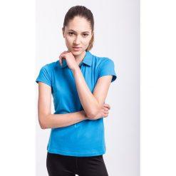Koszulka polo damska TSD050 - niebieski jasny. Niebieskie koszulki sportowe damskie 4f, z bawełny, polo. W wyprzedaży za 39.99 zł.
