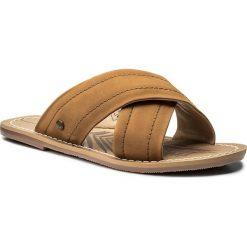 Klapki PEPE JEANS - Malibu Essential PLS90314 Tobacco 859. Brązowe klapki damskie Pepe Jeans, z jeansu. W wyprzedaży za 199.00 zł.
