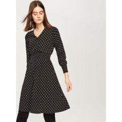 Sukienka w kropki - Czarny. Czarne sukienki damskie Reserved, w kropki. Za 119.99 zł.