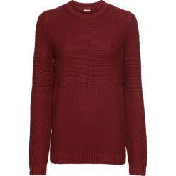 Sweter w strukturalny wzór bonprix czerwony kasztanowy. Swetry damskie marki KALENJI. Za 89.99 zł.