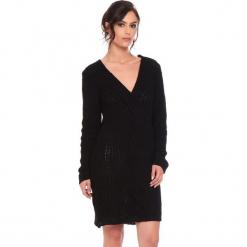 """Sukienka """"Samantha"""" w kolorze czarnym. Czarne sukienki damskie Cosy Winter, ze splotem, z długim rękawem. W wyprzedaży za 159.95 zł."""