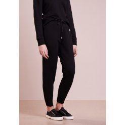 Polo Ralph Lauren MAGIC  Spodnie treningowe black. Spodnie dresowe damskie Polo Ralph Lauren, z bawełny. Za 419.00 zł.